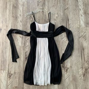 Adorable babydoll black and white dress